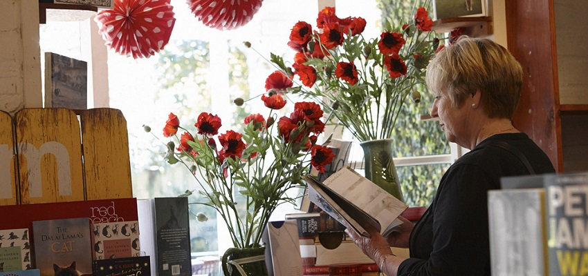 Remuera-Poppies-Books-slider